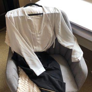 Long sleeve blouse with herringbone pattern